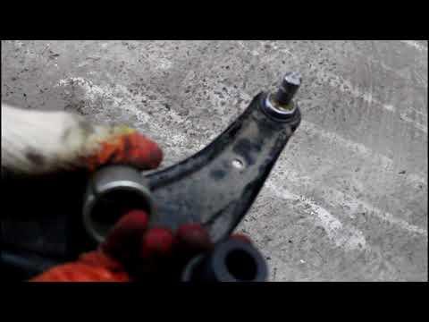 ... C Crosser 2,4 Ситроен Си Кроссер 2007 Замена передней шаровой опоры