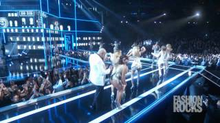 "getlinkyoutube.com-Pitbull - ""Fireball"" Live At Fashion Rocks 2014"