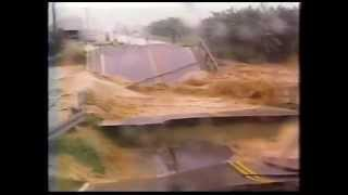 getlinkyoutube.com-Enchente em Pirabeiraba e Joinville em 1995