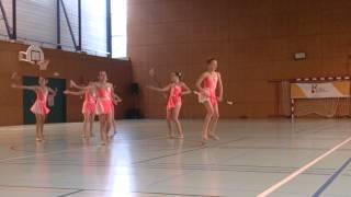 getlinkyoutube.com-Twirling Club Estelle Saint Herblain : minime excellence 2014