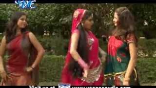 getlinkyoutube.com-देवर संगे सूत गइनी - Holi Me Hilake   Tufani Lal Yadav   Bhojpuri Hot Holi Song