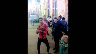 getlinkyoutube.com-رقص مهرجان الخمس صحاب (حمو الكوكو)