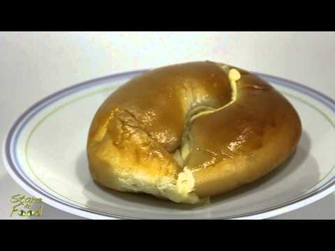 Stare At Food: Custard Bun (Rotating Version)