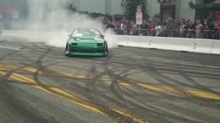 getlinkyoutube.com-Green Drifter Car Burning Rubber