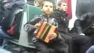 getlinkyoutube.com-СМОТРЕТЬ ВСЕМ! Супер мальчик в электричке! Песня!