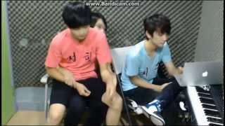 getlinkyoutube.com-130723 SEVENTEEN TV FULL CUT Jisoo and Junghan freestyle rap + chinese + sleep rap (Ft. Junhui)