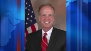 Senador republicano de Kansas no apoyara el plan de salud del presidente Trump
