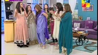getlinkyoutube.com-Amber khan hottest aunty alive HUM TV 2015 07 21 18 15 51