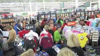 getlinkyoutube.com-Black Friday 2013: Walmart Kicked Me Out For THIS video