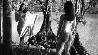 getlinkyoutube.com-Nude Artists do Self Portraits Noosa River - Artistic Nudes sexy female models