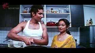 getlinkyoutube.com-Randeep Hooda With Aunty Love Scene || Ayanaki Aaidhuguru Movie