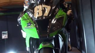 getlinkyoutube.com-Kawasaki Ninja ZX-10R(鈴鹿8耐) Kawasaki Good Times World