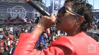 "getlinkyoutube.com-Dej Loaf ""Try Me"" live at Summer Jam 2015"