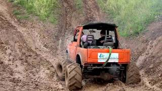 getlinkyoutube.com-Suzuki Samurai 3.5 V8 in action!