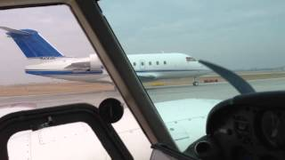 getlinkyoutube.com-Takeoff Run-up Beside a Canadair Challenger, Takeoff Run -