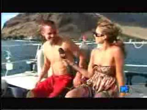 Paul Walker in MTV Movie House for Into the Blue (pt 1/3)