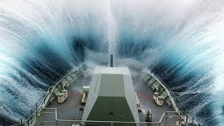 getlinkyoutube.com-©MASSIVE Waves Hitting Ships-Collisions Accidents and Crashes©