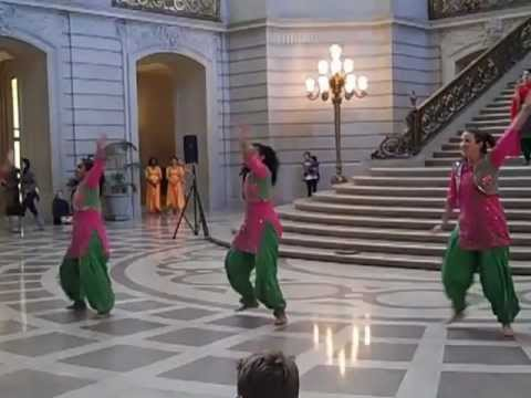 Rotunda Dance Series: Duniya Dance and Drum Company