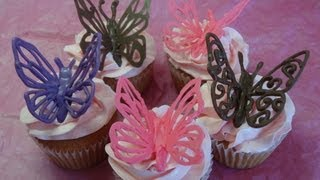 """getlinkyoutube.com-Decorating Cupcakes #120: Butterflies and """"Love Mom"""" decorations (For Mother's Day) -with yoyomax12"""