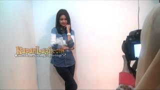 getlinkyoutube.com-Adegan Ciuman, Michelle Ziudith Minta Izin Kekasih?