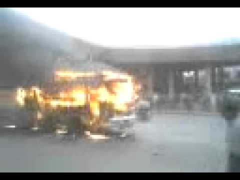 Pashtuns Privite  Bus is burning by MQM  in Karachi Pakistan Sept.2008