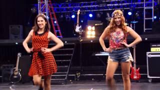 getlinkyoutube.com-Disney Channel España | Videoclip Violetta - Encender Nuestra Luz