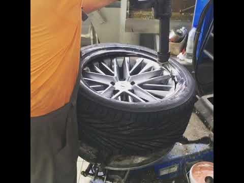 Расположение передних тормозных дисков у Ford Эскейп