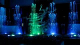 getlinkyoutube.com-Dancing Fountain - Grand Indonesia