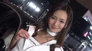 getlinkyoutube.com-東京オートサロン 2014 Mercedes-Benz 美人コンパニオン!