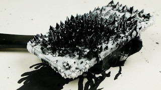 getlinkyoutube.com-How Does iPhone 7 React To Magnetic Ferrofluid?