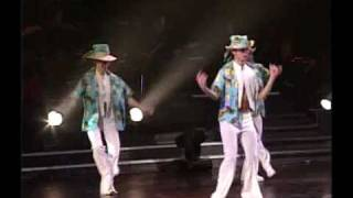 getlinkyoutube.com-鳳飛飛 35周年演唱會 13 組曲 - 夏的季節、涼呀涼
