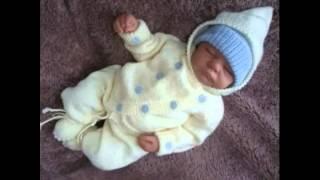 getlinkyoutube.com-Костюмчик спицами для новорожденных