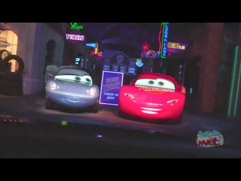 Full Ride: Radiator Springs Racers with source audio at night in Cars Land