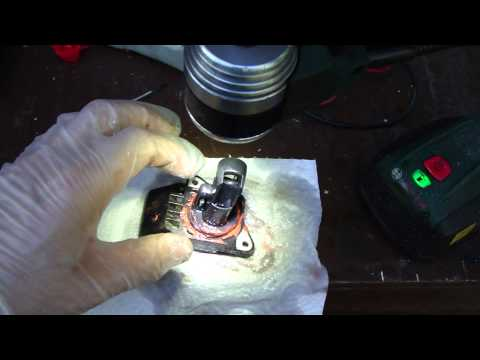 How to clean MAF air flow sensor VVT-i engine Toyota. Years 2000 to 2015