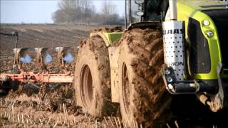 getlinkyoutube.com-Claas Xérion 5000 & Grégoire-Besson HARD Condition at Ploughing 2014 !!!