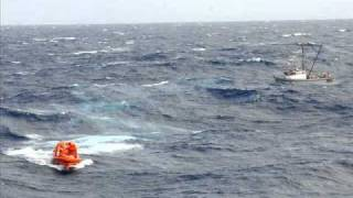 Survival at Sea - Abandon Ship in the Middle of the Pacific Ocean - Could You Survive?