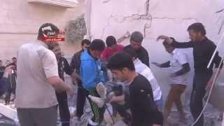 مؤثر - حلب نيوز || الشيخ فارس : اللحظات الأولى للقصف على الحي وانتشال الشهداء والجرحى 13 4 2014