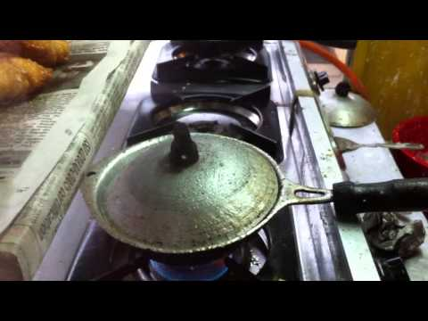 Nuwara Eliya - How to make egg hopper