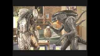 getlinkyoutube.com-Aliens vs. Predator: Requiem -  Funny Battles (HQ)