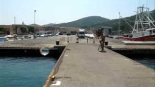 getlinkyoutube.com-Water jump in Vela Luka