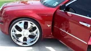 getlinkyoutube.com-Chrysler 300 on 26's