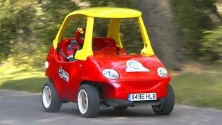 getlinkyoutube.com-Little Tikes Cozy Coupe: Adult-sized road-going version!