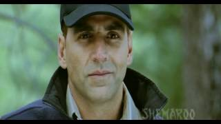Akshay Kumar Pulls Off A Dangerous Action Stunt - 8 x 10 Tasveer - Bollywood Movie