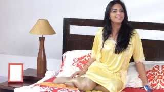 getlinkyoutube.com-Indian Housewife Having Fun with Carpenter - Hindi Sex Comedy - Comedy One