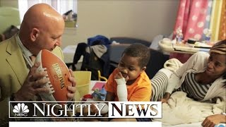 getlinkyoutube.com-Boy With First-Ever Double Hand Transplant Leaves Hospital for Home | NBC Nightly News