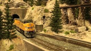 getlinkyoutube.com-Wonderful US model railroad layout in HO scale