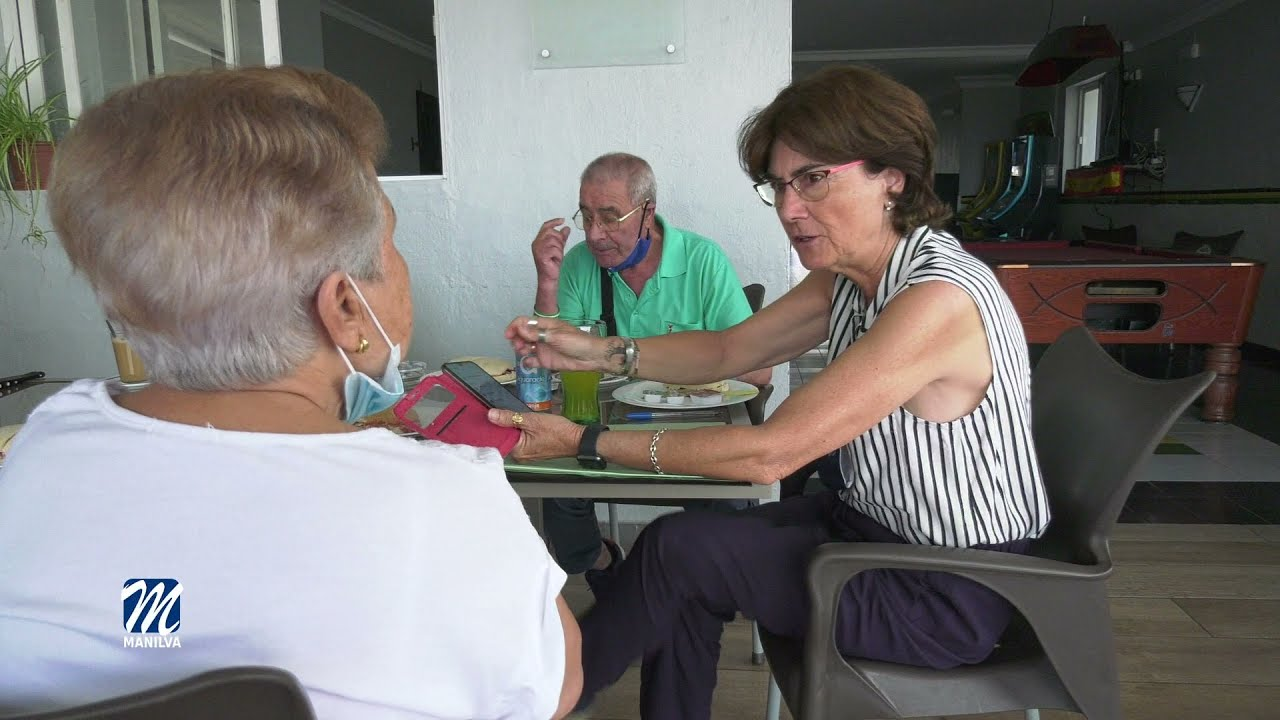 Encuentros con Café se ha llevado a cabo hoy en Manilva