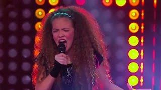 getlinkyoutube.com-Ivanna, Sara y Belli cantaron 'Diamonds' de Rihanna | La Voz Kids Colombia – Batallas – T1