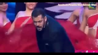 getlinkyoutube.com-سلمان خان يغني اغنية تيري ميري بصوته.....
