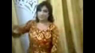 getlinkyoutube.com-رقصه يمنيه سكرانه على المزمار